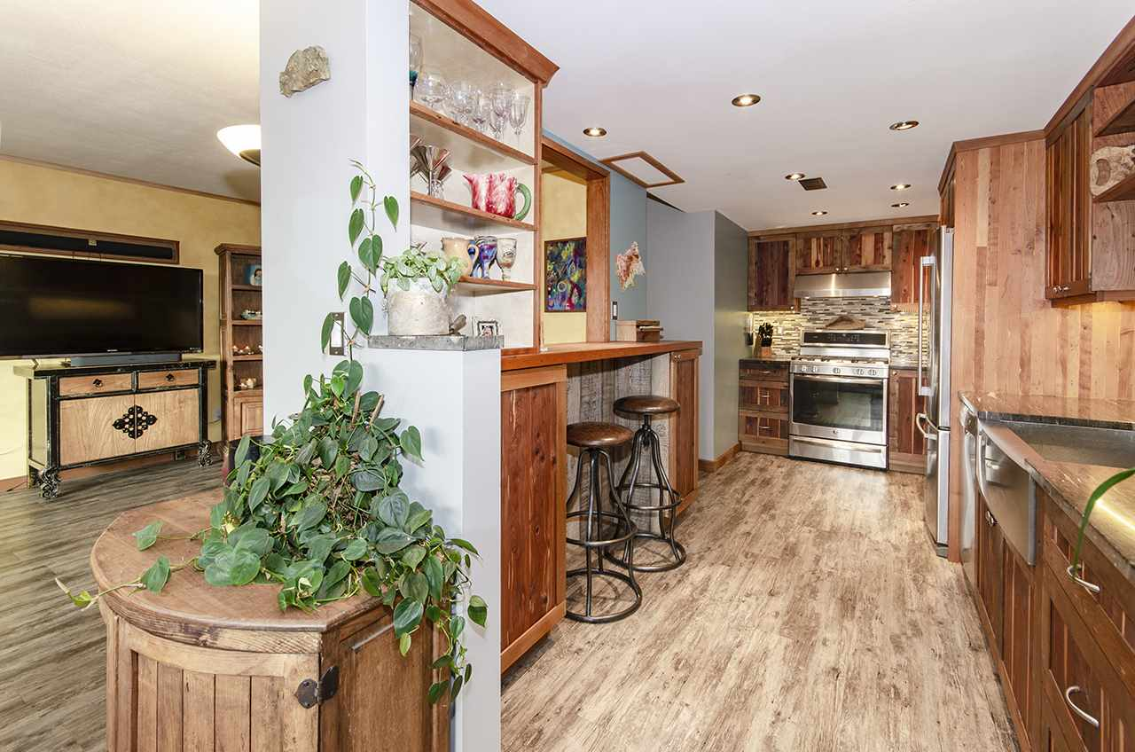 1063 OLD LILLOOET ROAD - Lynnmour Apartment/Condo for sale, 2 Bedrooms (R2518020) - #10