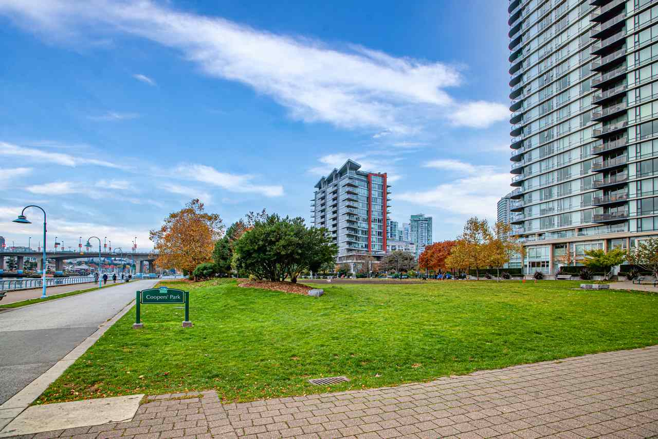 1602 8 SMITHE MEWS - Yaletown Apartment/Condo for sale, 2 Bedrooms (R2518054) - #2