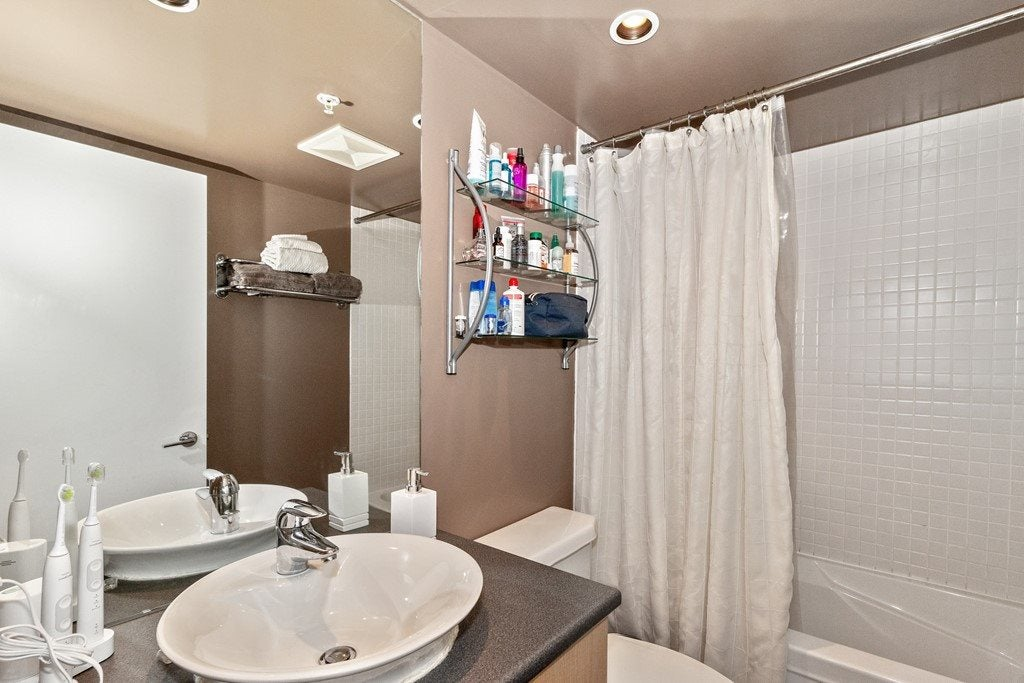 903 175 W 1ST STREET - Lower Lonsdale Apartment/Condo for sale, 1 Bedroom (R2518154) - #18