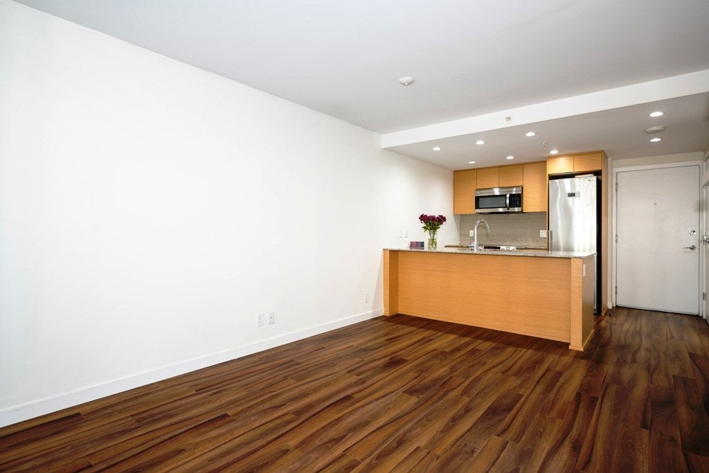309 135 E 17TH STREET - Central Lonsdale Apartment/Condo for sale, 1 Bedroom (R2518303) - #3