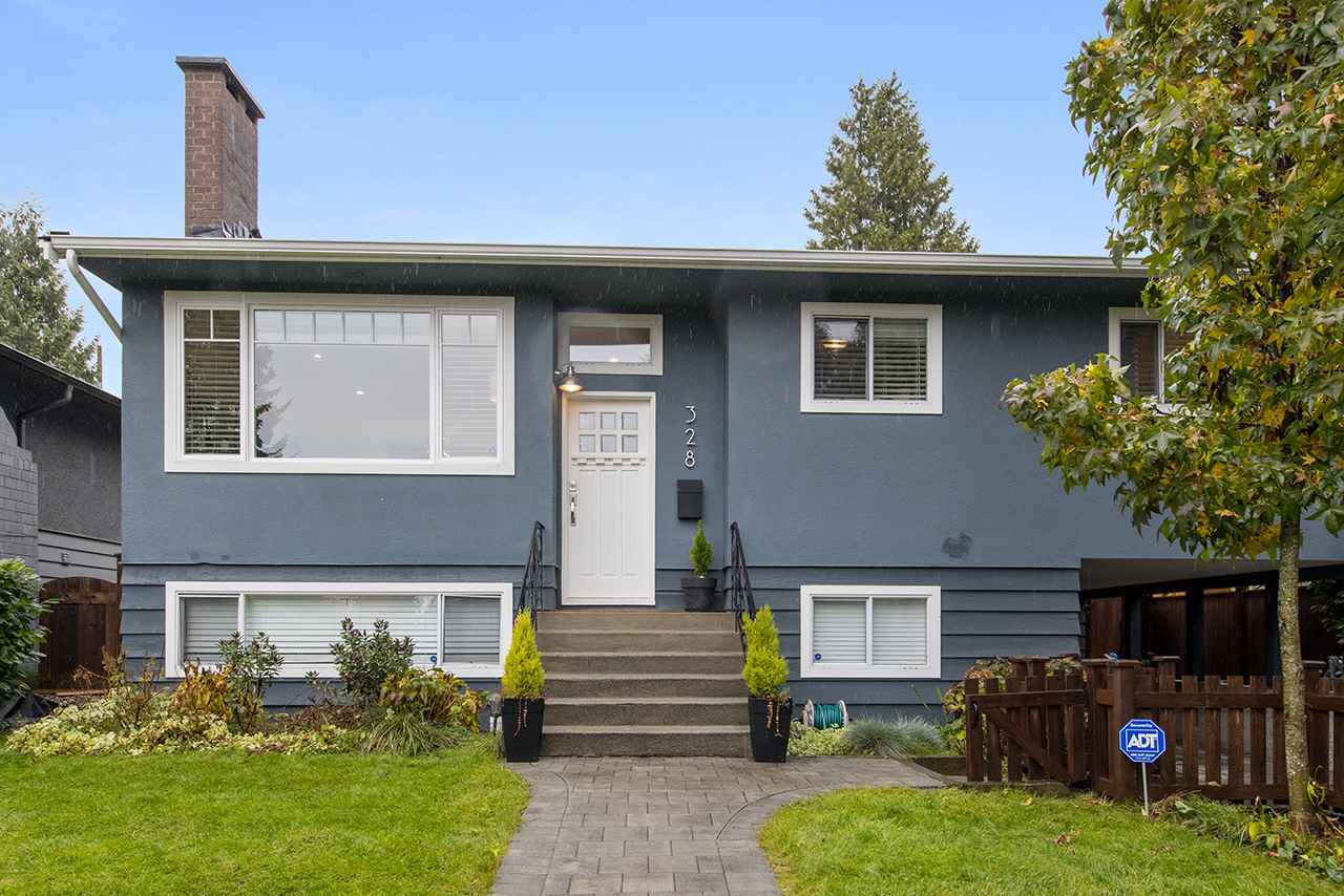 328 E 23RD STREET - Central Lonsdale House/Single Family for sale, 4 Bedrooms (R2518336) - #1
