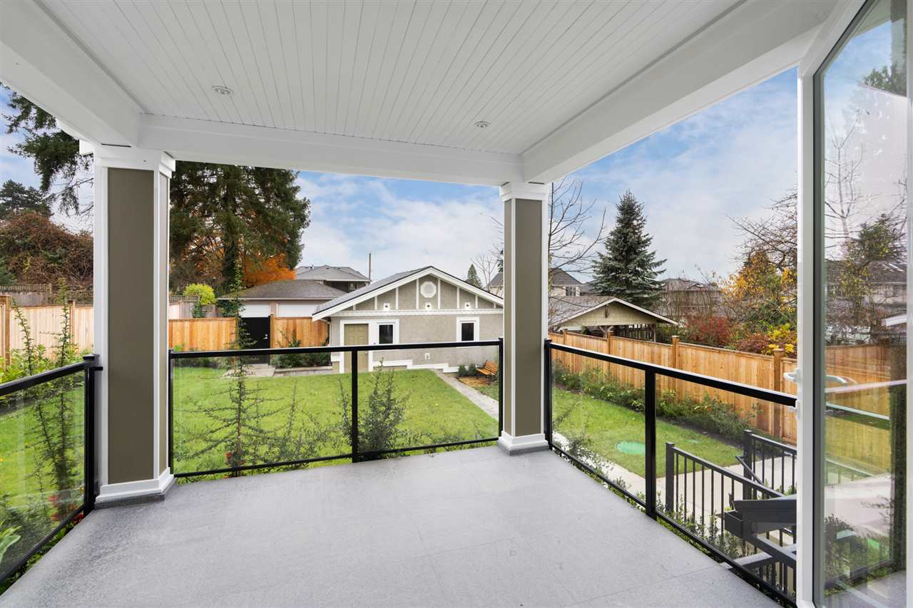 449 E 13TH STREET - Central Lonsdale House/Single Family for sale, 7 Bedrooms (R2518536) - #18