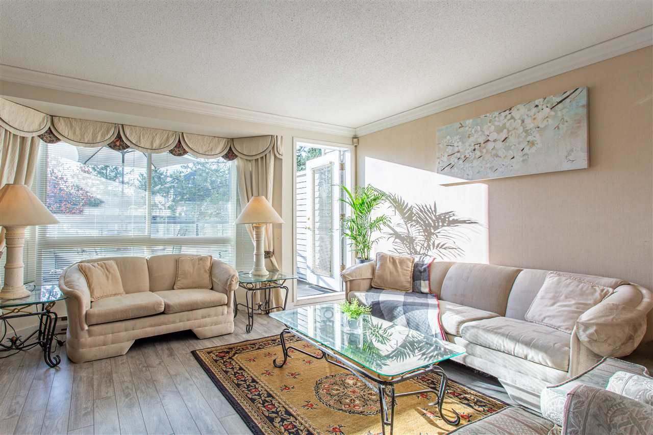 10 13630 84 AVENUE - Bear Creek Green Timbers Townhouse for sale, 2 Bedrooms (R2518680) - #1