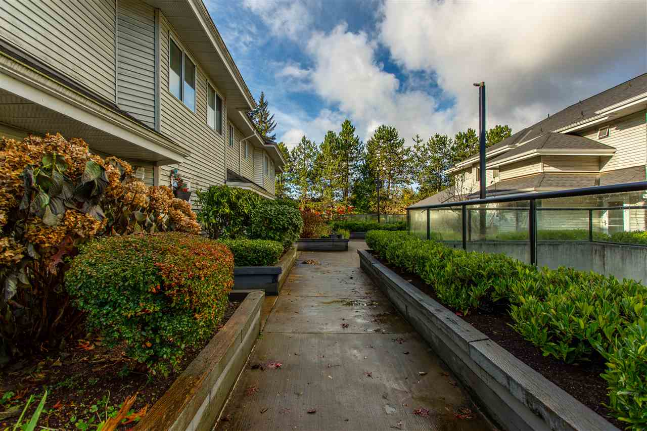 10 13630 84 AVENUE - Bear Creek Green Timbers Townhouse for sale, 2 Bedrooms (R2518680) - #25