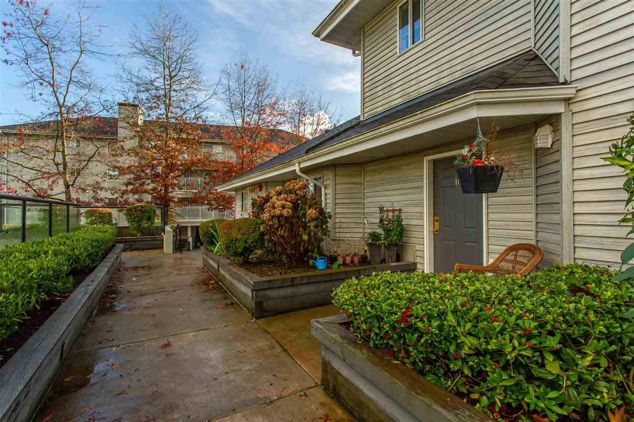 10 13630 84 AVENUE - Bear Creek Green Timbers Townhouse for sale, 2 Bedrooms (R2518680) - #27