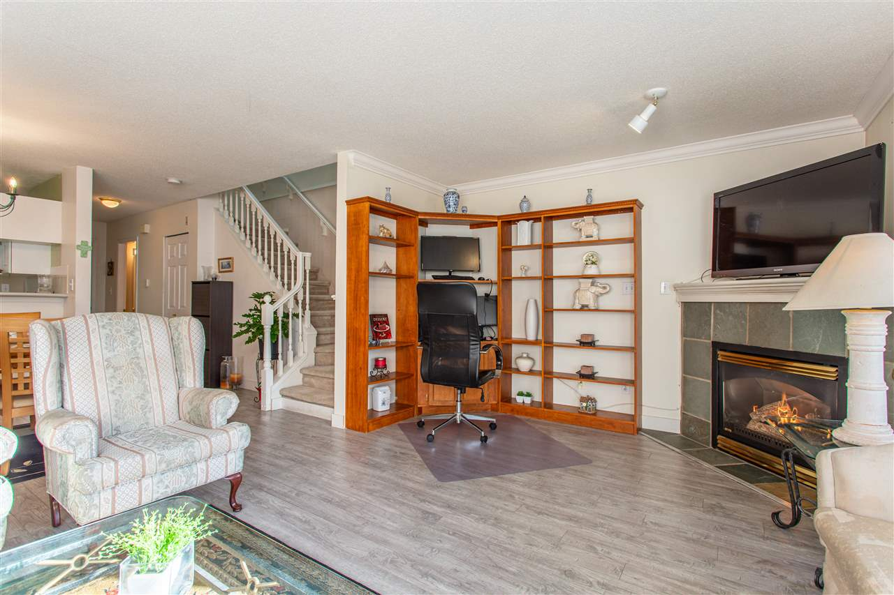 10 13630 84 AVENUE - Bear Creek Green Timbers Townhouse for sale, 2 Bedrooms (R2518680) - #3