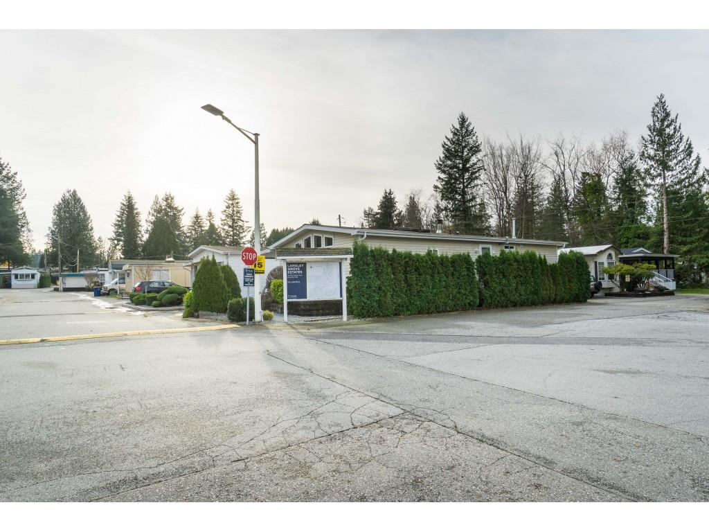 14 24330 FRASER HIGHWAY - Otter District Manufactured for sale, 2 Bedrooms (R2518685) - #2