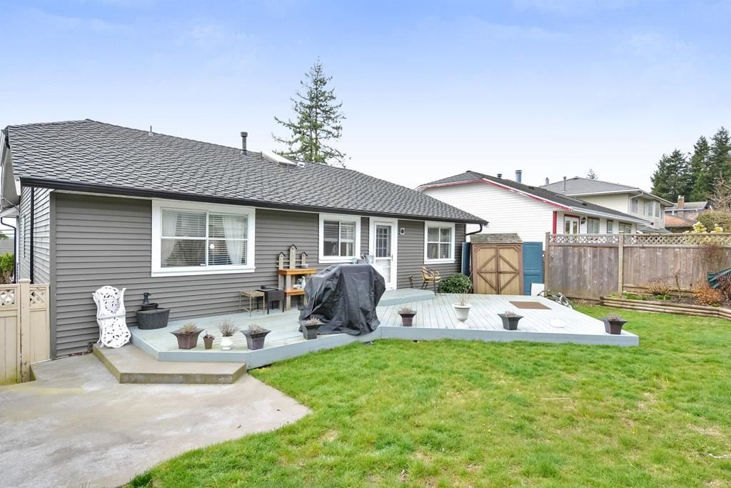 15555 BUENA VISTA AVENUE - White Rock House/Single Family for sale, 4 Bedrooms (R2518732) - #25