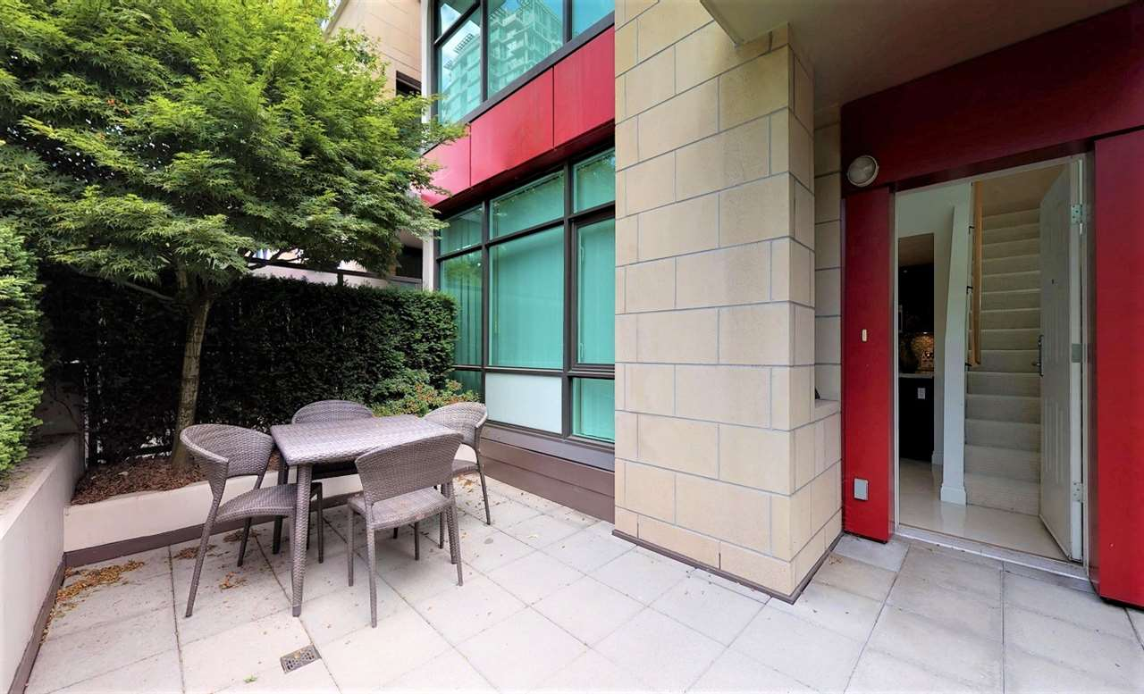 153 VICTORY SHIP WAY - Lower Lonsdale Townhouse for sale, 1 Bedroom (R2518739) - #4