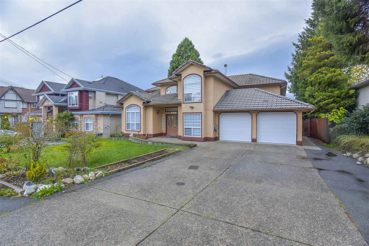 12121 94A AVENUE - Queen Mary Park Surrey House/Single Family for sale, 7 Bedrooms (R2518769) - #1