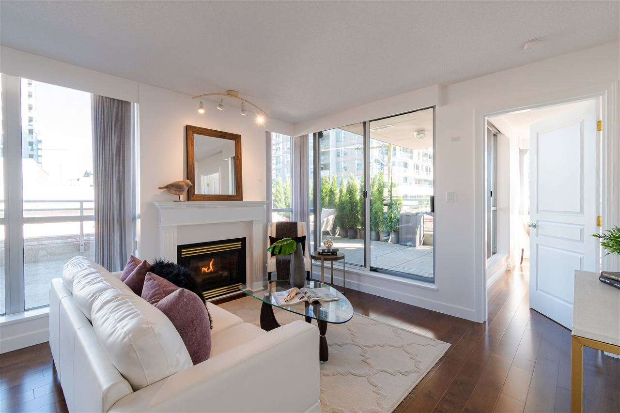 304 108 E 14TH STREET - Central Lonsdale Apartment/Condo for sale, 2 Bedrooms (R2518855) - #10