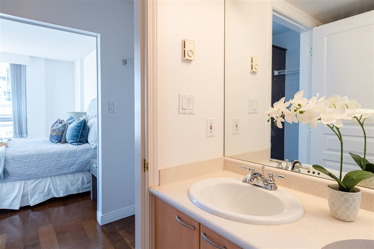 304 108 E 14TH STREET - Central Lonsdale Apartment/Condo for sale, 2 Bedrooms (R2518855) - #13