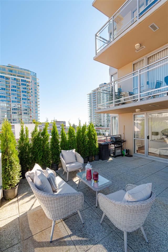 304 108 E 14TH STREET - Central Lonsdale Apartment/Condo for sale, 2 Bedrooms (R2518855) - #18