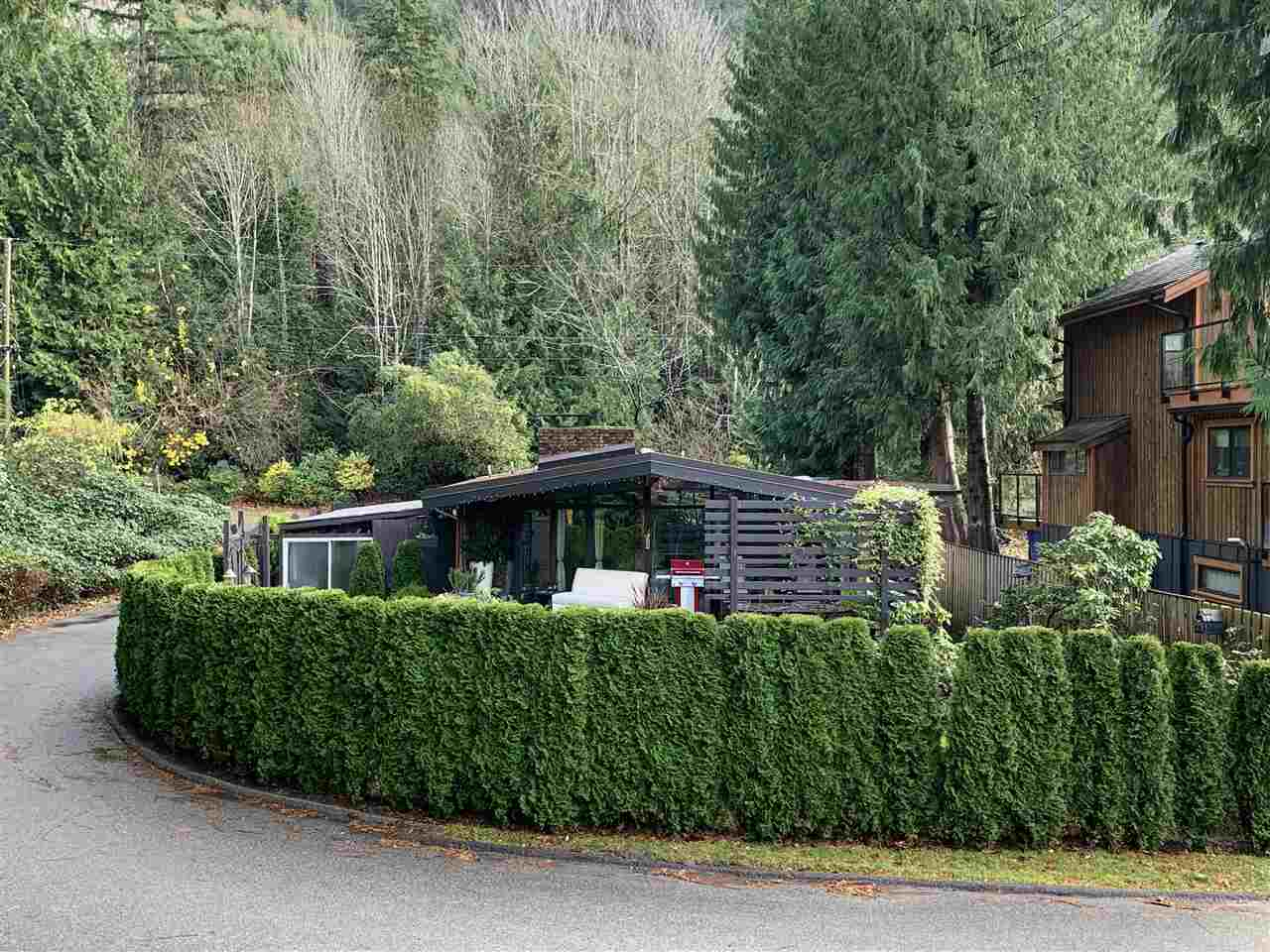 27 BRUNSWICK BEACH ROAD - Lions Bay House/Single Family for sale, 2 Bedrooms (R2518865) - #3