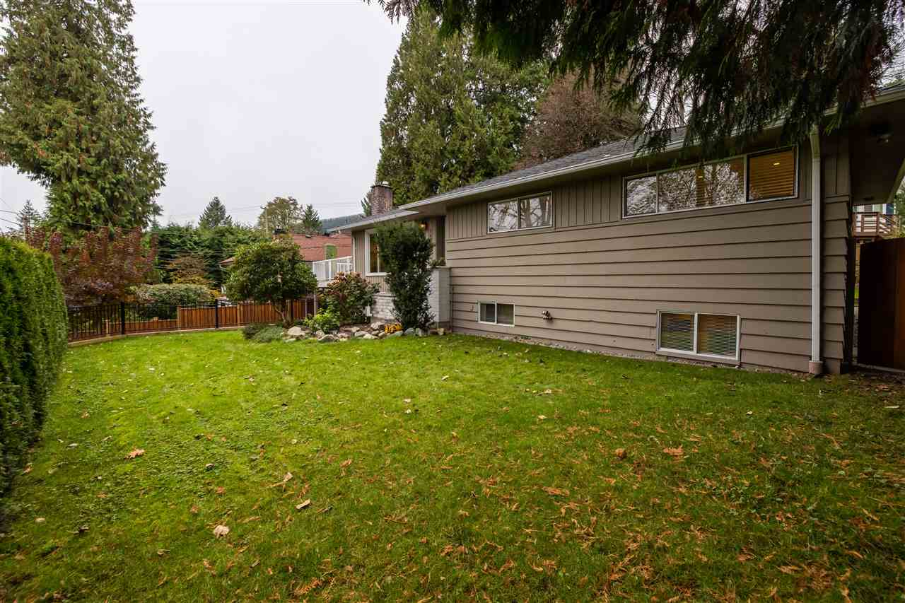 1660 PETERS ROAD - Lynn Valley House/Single Family for sale, 5 Bedrooms (R2518885) - #2