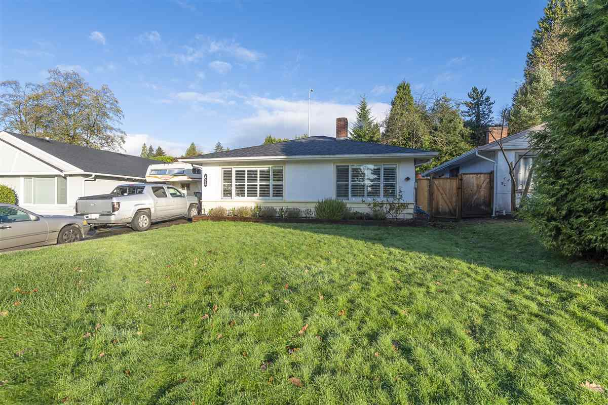 452 W 24TH STREET - Central Lonsdale House/Single Family for sale, 3 Bedrooms (R2519009) - #1
