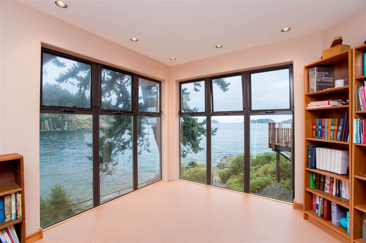 5482 HILL ROAD - Sechelt District House/Single Family for sale, 7 Bedrooms (R2519038) - #18