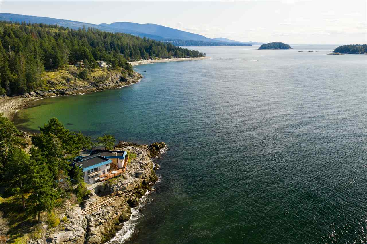 5482 HILL ROAD - Sechelt District House/Single Family for sale, 7 Bedrooms (R2519038) - #5