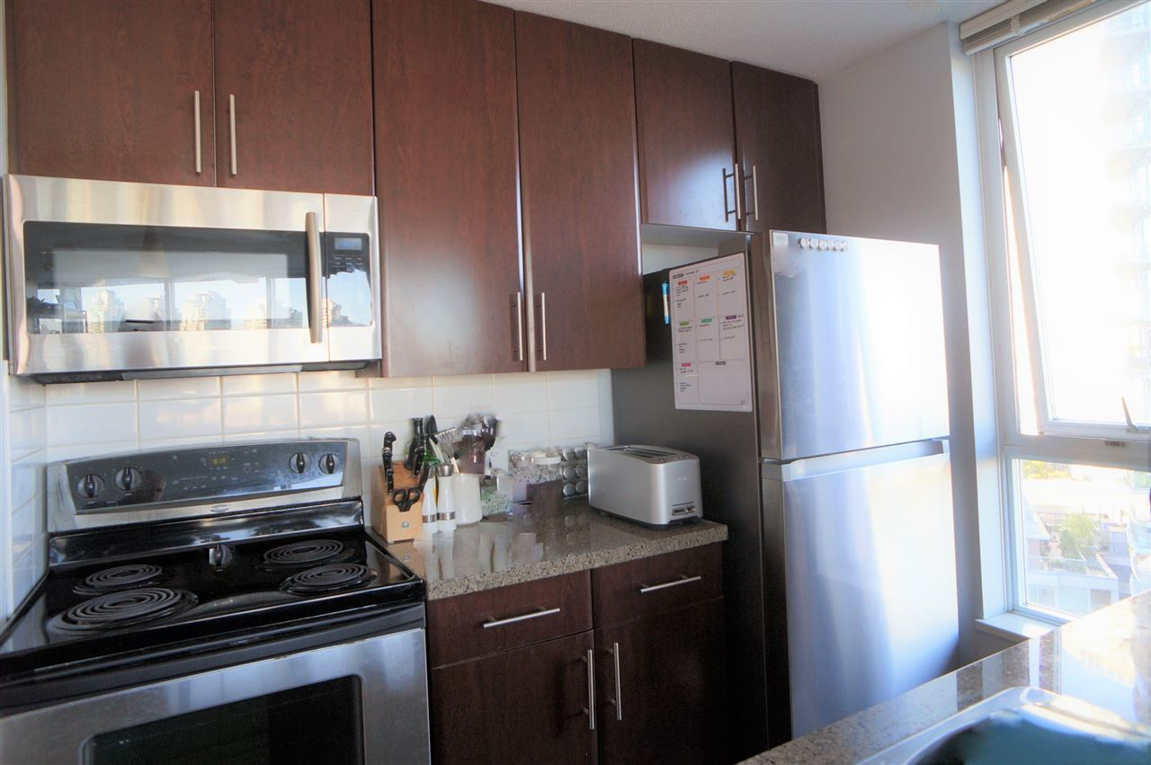1209 688 ABBOTT STREET - Downtown VW Apartment/Condo for sale, 2 Bedrooms (R2519088) - #3