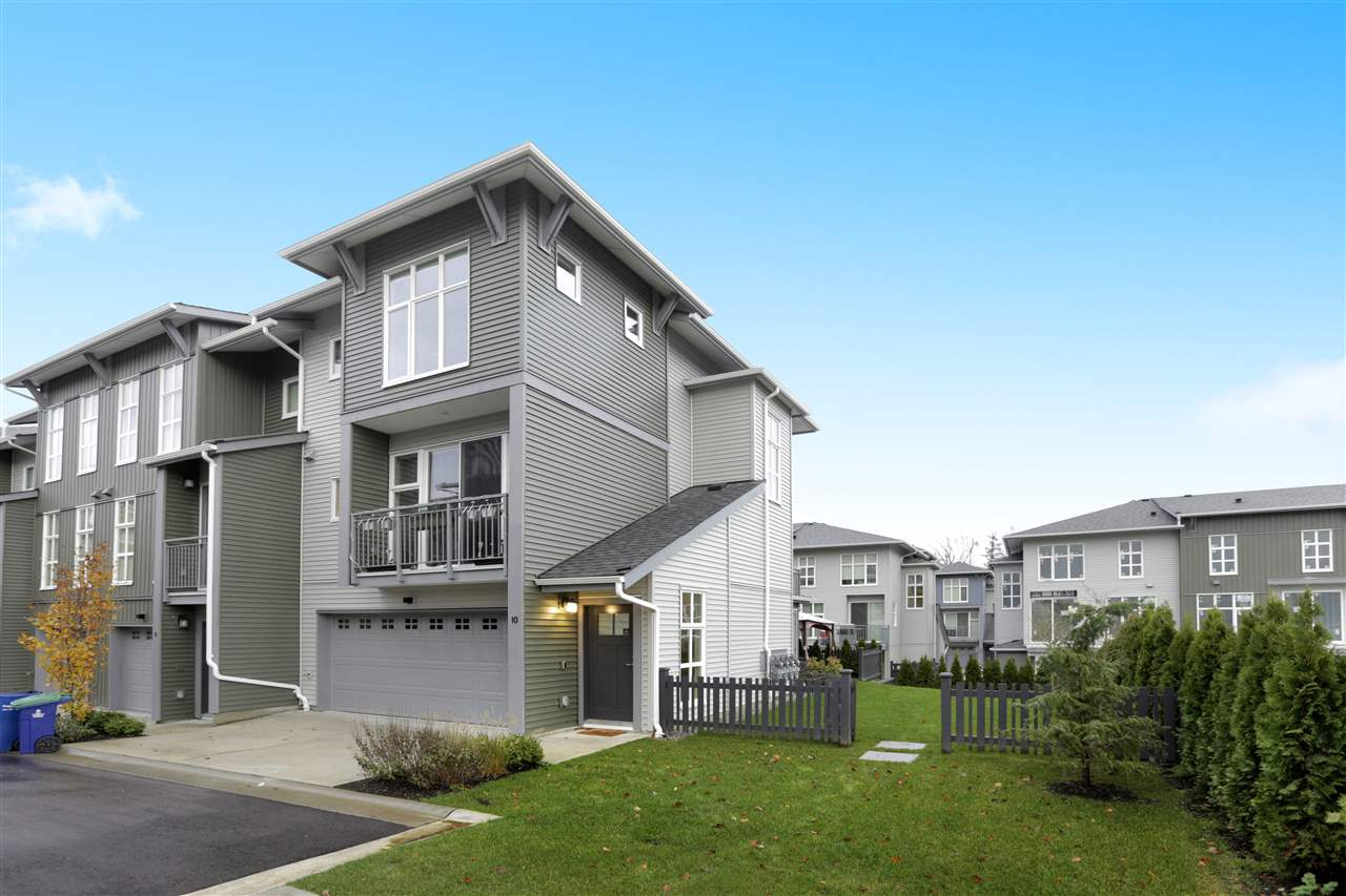 10 24076 112 AVENUE - Cottonwood MR Townhouse for sale, 3 Bedrooms (R2519164) - #1