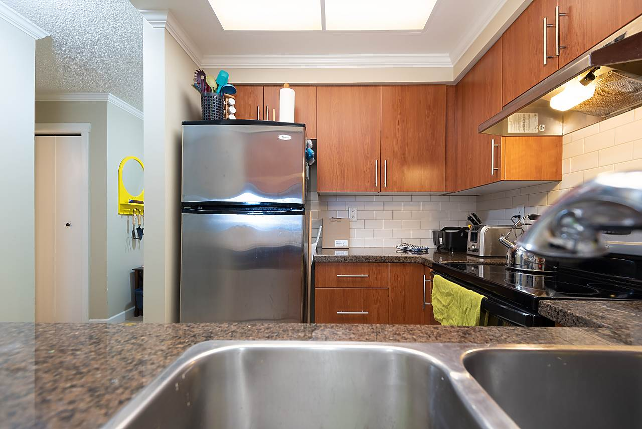 207 235 W 4TH STREET - Lower Lonsdale Apartment/Condo for sale, 1 Bedroom (R2519180) - #18