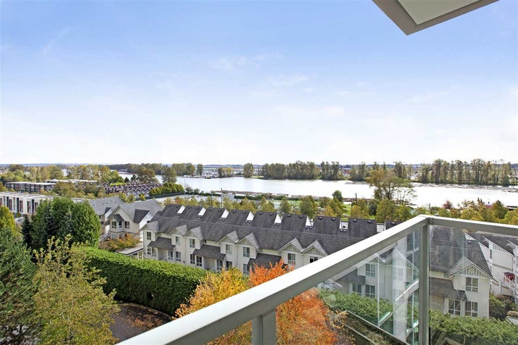 805 2733 CHANDLERY PLACE - South Marine Apartment/Condo for sale, 1 Bedroom (R2519773)
