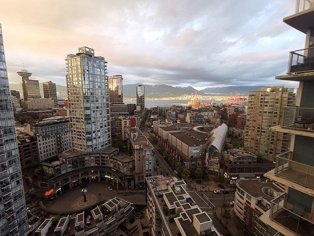 2707 689 ABBOTT STREET - Downtown VW Apartment/Condo for sale, 2 Bedrooms (R2519948)