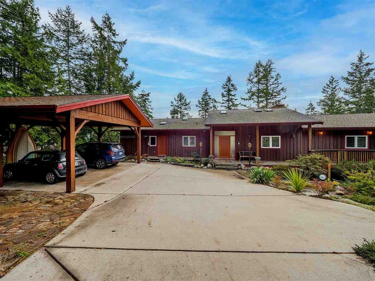 4748 HOTEL LAKE ROAD - Pender Harbour Egmont House/Single Family for sale, 3 Bedrooms (R2520157)