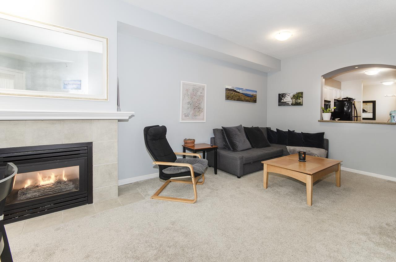 215 3600 WINDCREST DRIVE - Roche Point Apartment/Condo for sale, 2 Bedrooms (R2520713)