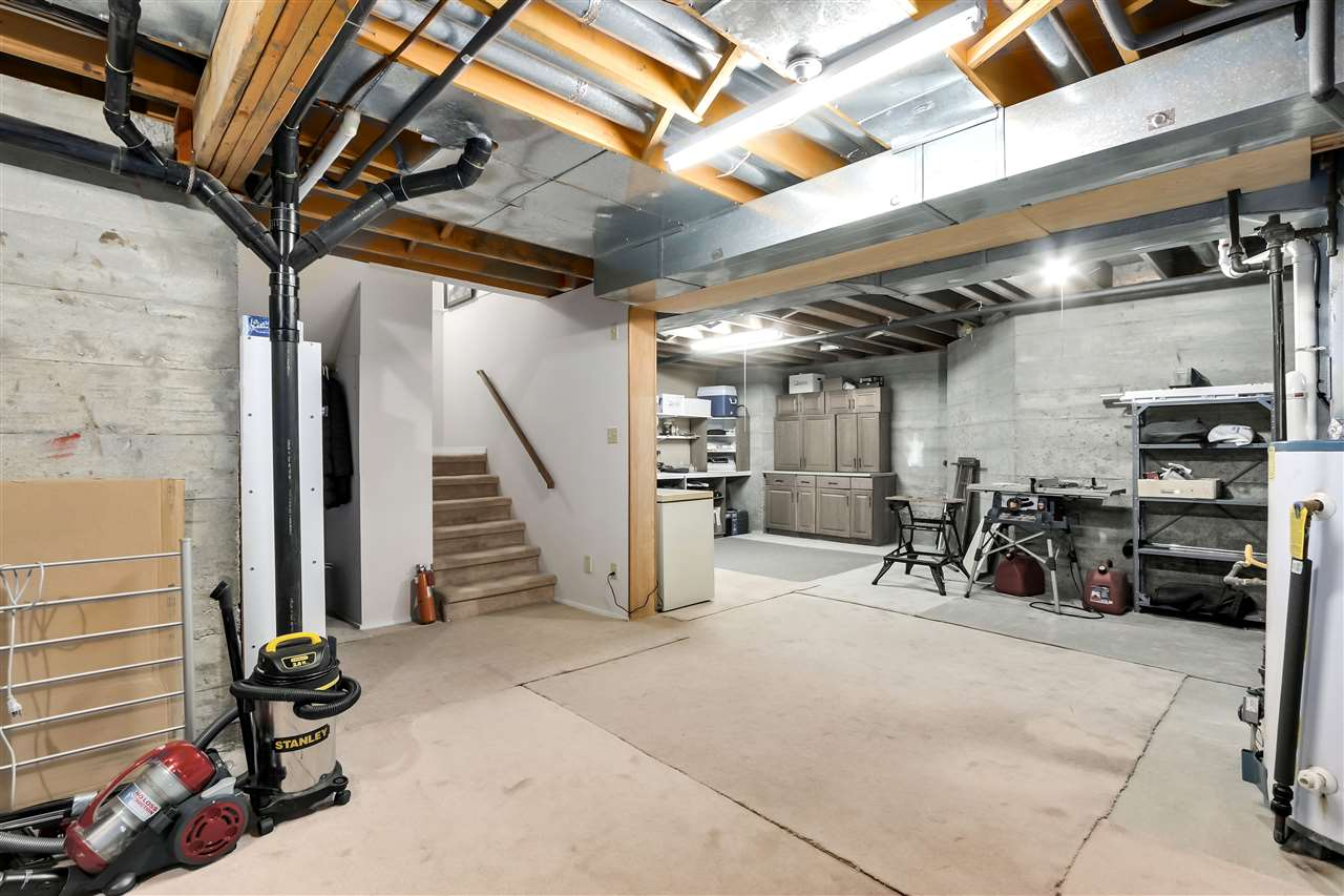 1 261 W 16TH STREET - Central Lonsdale Townhouse for sale, 3 Bedrooms (R2520806) - #18