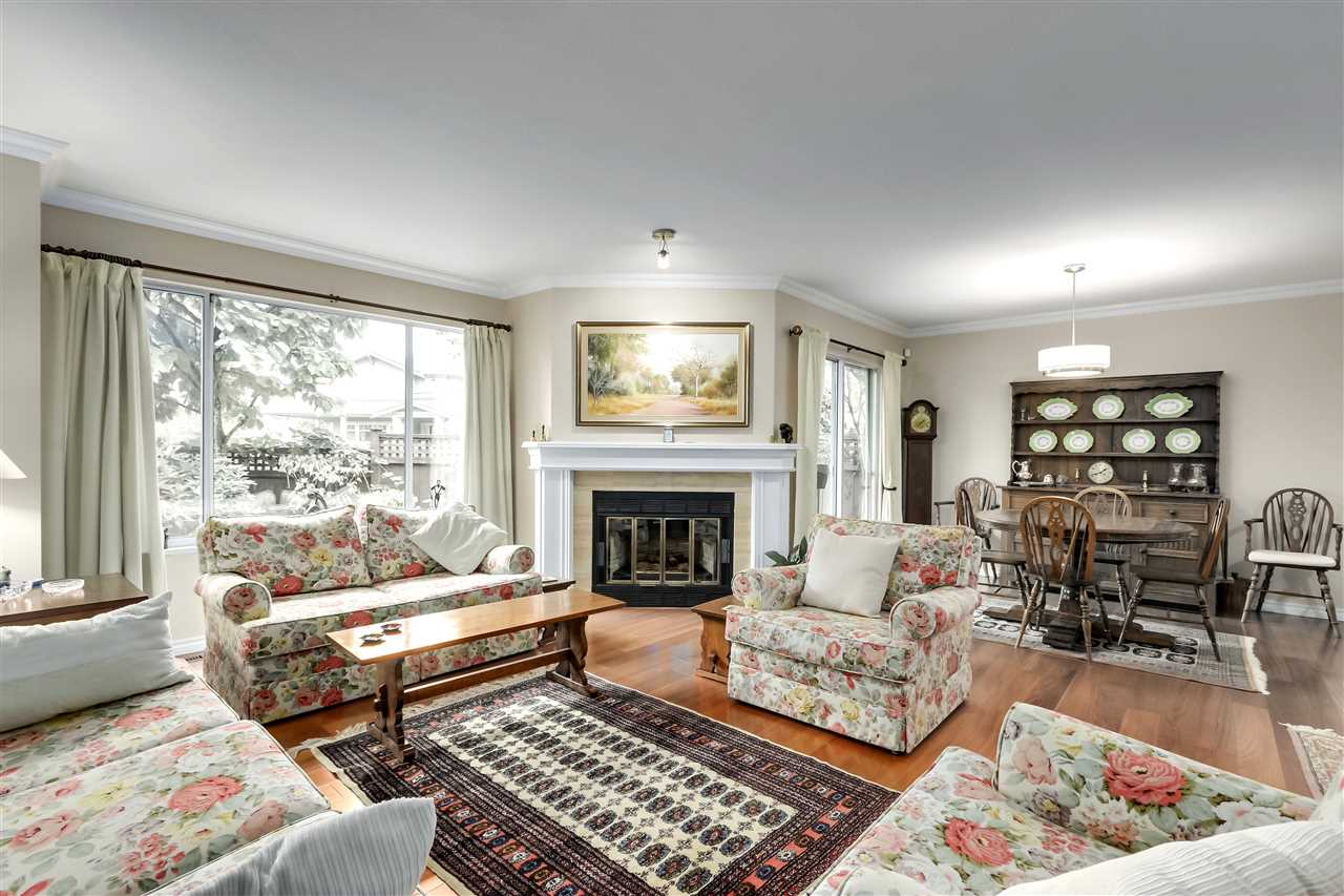 1 261 W 16TH STREET - Central Lonsdale Townhouse for sale, 3 Bedrooms (R2520806) - #3