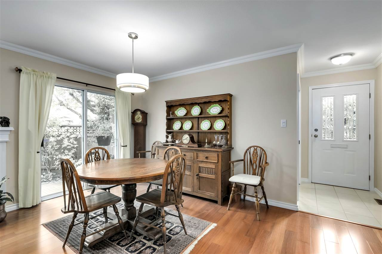 1 261 W 16TH STREET - Central Lonsdale Townhouse for sale, 3 Bedrooms (R2520806) - #4