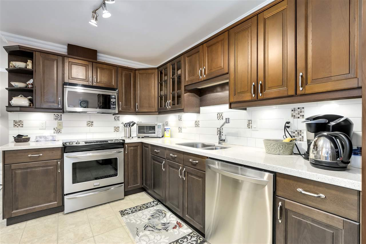 1 261 W 16TH STREET - Central Lonsdale Townhouse for sale, 3 Bedrooms (R2520806) - #8