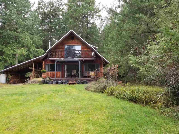 233 SHOPLAND ROAD - Galiano Island House with Acreage for sale, 3 Bedrooms (R2521017)