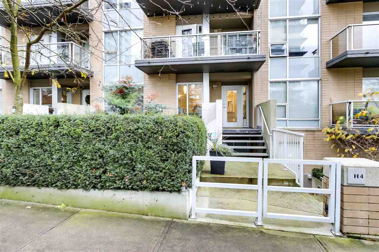 TH4 1288 CHESTERFIELD AVENUE - Central Lonsdale Townhouse for sale, 2 Bedrooms (R2521157)