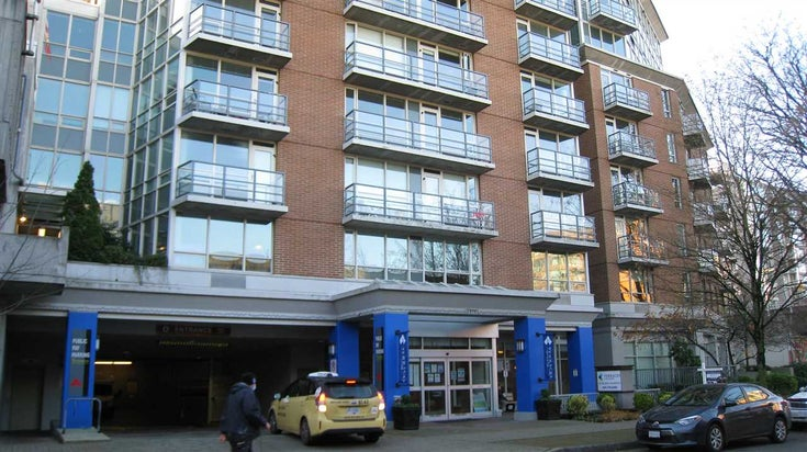 905 1570 W 7TH AVENUE - Fairview VW Apartment/Condo for sale, 2 Bedrooms (R2521286)