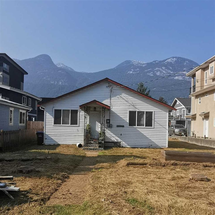 38045 THIRD AVENUE - Downtown SQ House/Single Family for sale, 2 Bedrooms (R2521550)