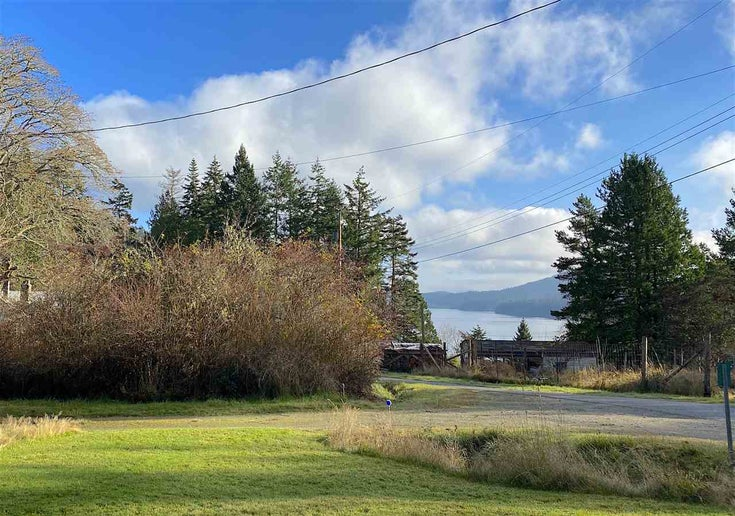 60 SATER WAY - Galiano Island House/Single Family for sale, 2 Bedrooms (R2521765)