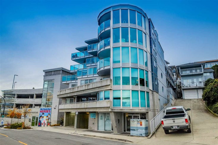 404 14955 VICTORIA AVENUE - White Rock Apartment/Condo for sale, 2 Bedrooms (R2523262)