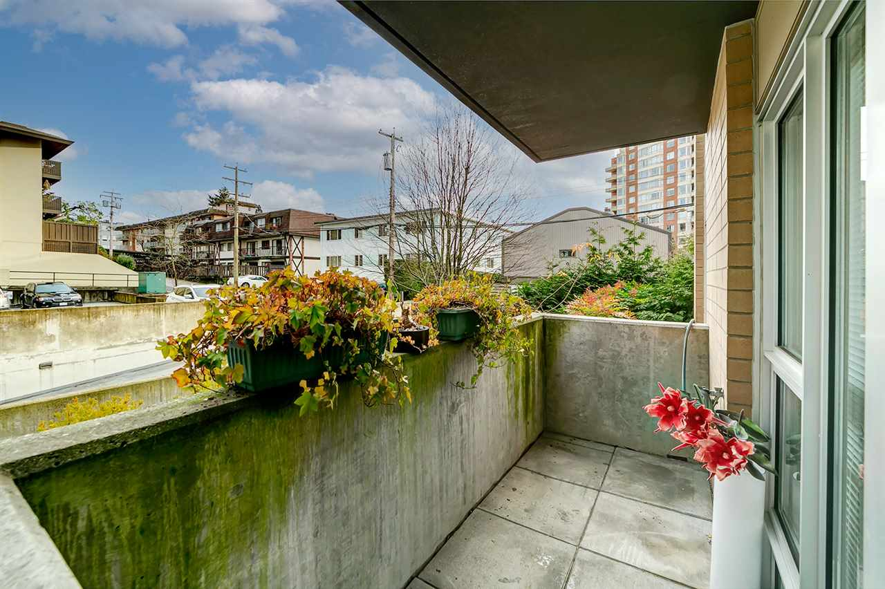 111 1288 CHESTERFIELD AVENUE - Central Lonsdale Townhouse for sale, 2 Bedrooms (R2523339) - #23