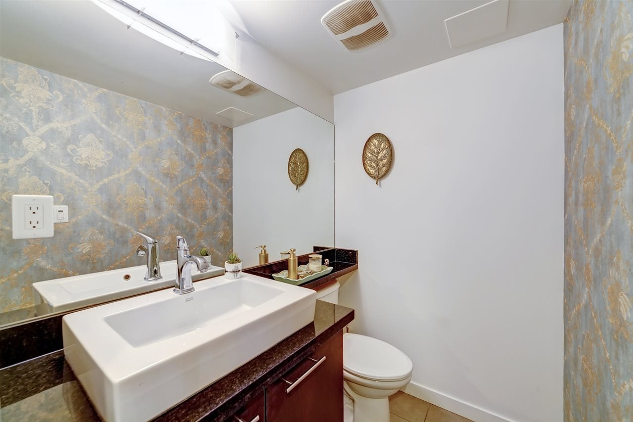 111 1288 CHESTERFIELD AVENUE - Central Lonsdale Townhouse for sale, 2 Bedrooms (R2523339) - #25