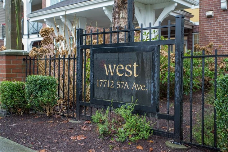 204 17712 57A AVENUE - Cloverdale BC Apartment/Condo for sale, 2 Bedrooms (R2523778)