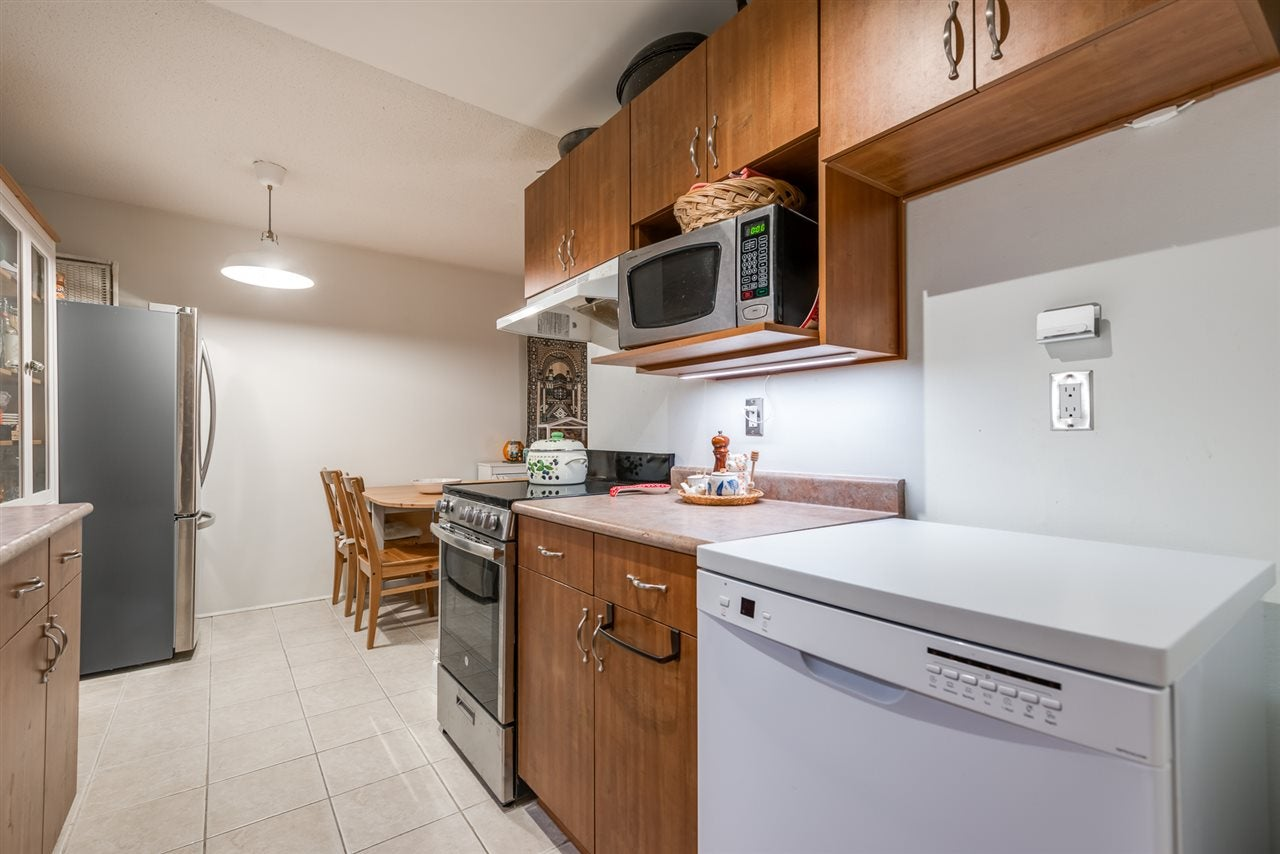 212 330 E 1ST STREET - Lower Lonsdale Apartment/Condo for sale, 1 Bedroom (R2523921) - #3