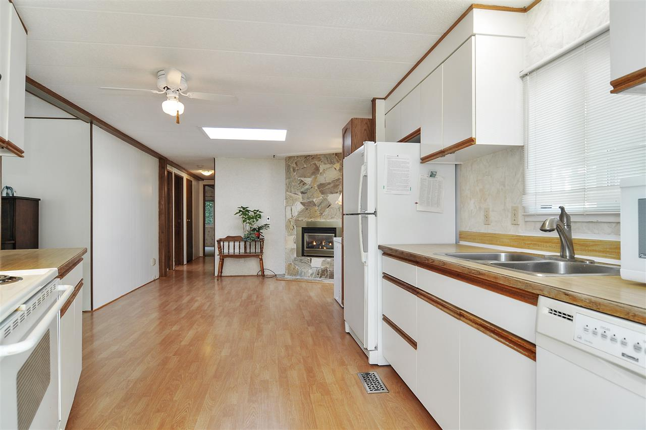 40 2305 200 STREET - Brookswood Langley Manufactured for sale, 2 Bedrooms (R2524495) - #8