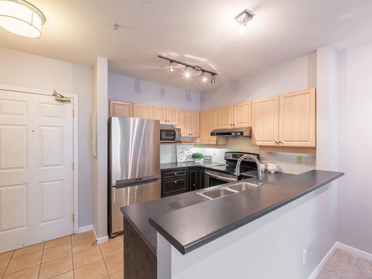 412 3629 DEERCREST DRIVE - Roche Point Apartment/Condo for sale, 1 Bedroom (R2525424) - #8