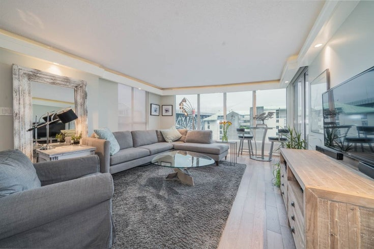 806 1500 HOWE STREET - Yaletown Apartment/Condo for sale, 2 Bedrooms (R2525498)