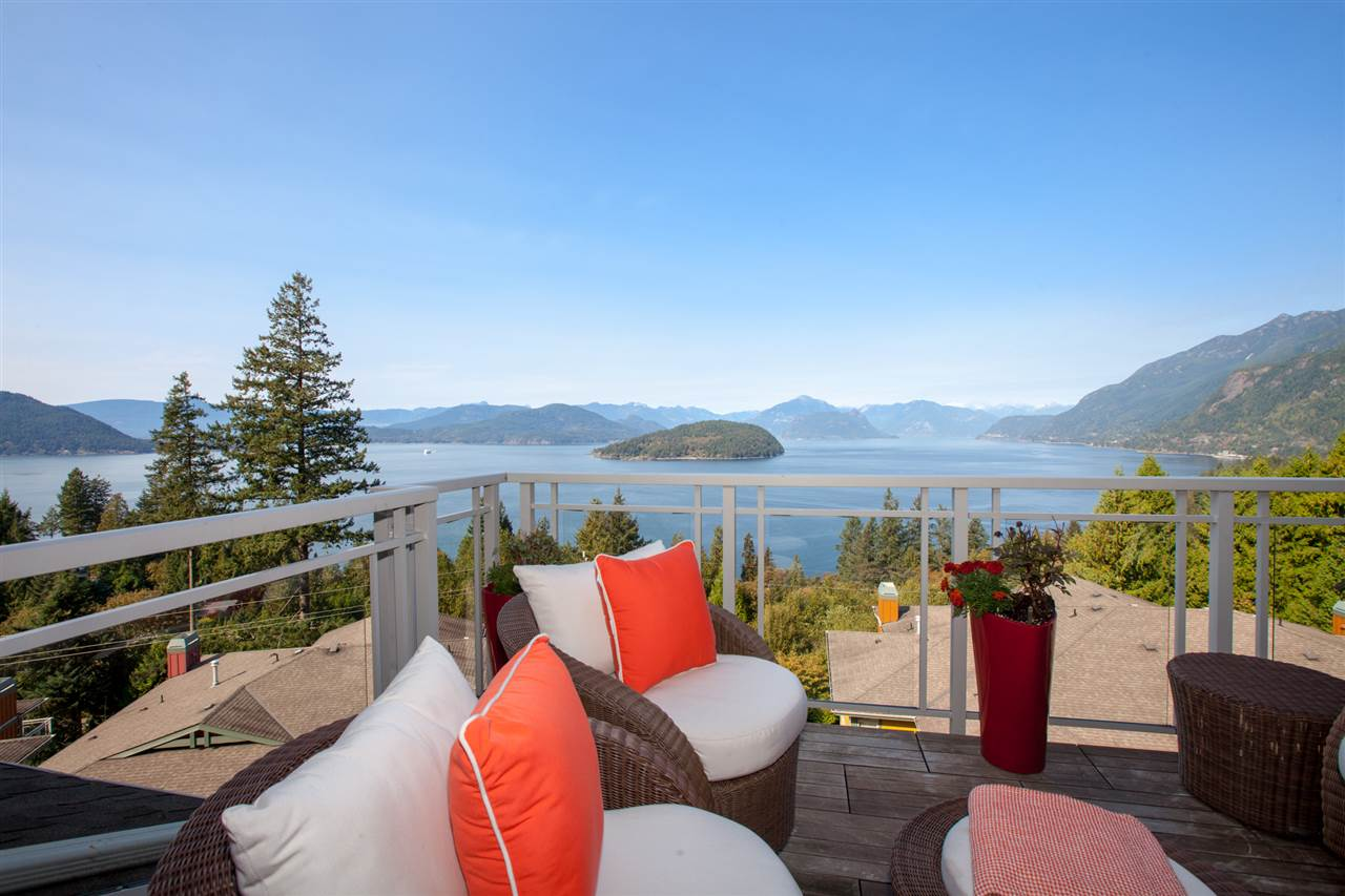 8623 SEASCAPE DRIVE - Howe Sound Townhouse for sale, 3 Bedrooms (R2525588) - #1