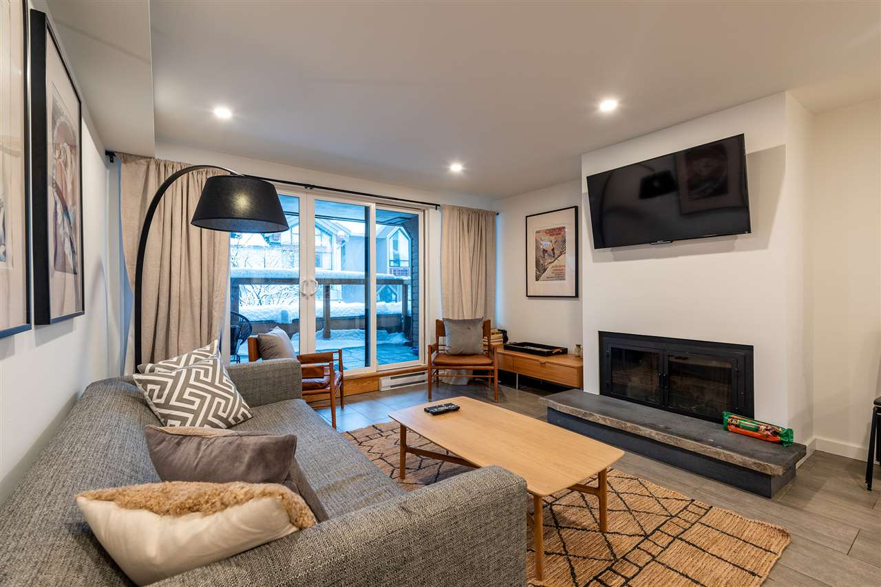 10 4211 SUNSHINE PLACE - Whistler Village Apartment/Condo for sale, 2 Bedrooms (R2525663)