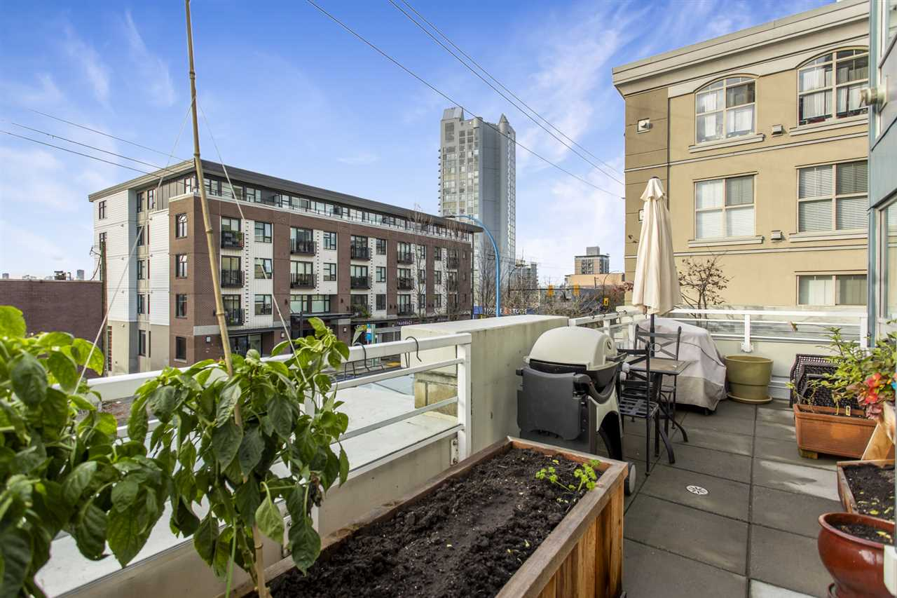 201 122 E 3RD STREET - Lower Lonsdale Apartment/Condo for sale, 2 Bedrooms (R2525697) - #27