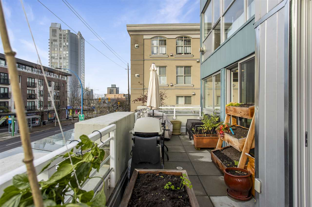 201 122 E 3RD STREET - Lower Lonsdale Apartment/Condo for sale, 2 Bedrooms (R2525697) - #30